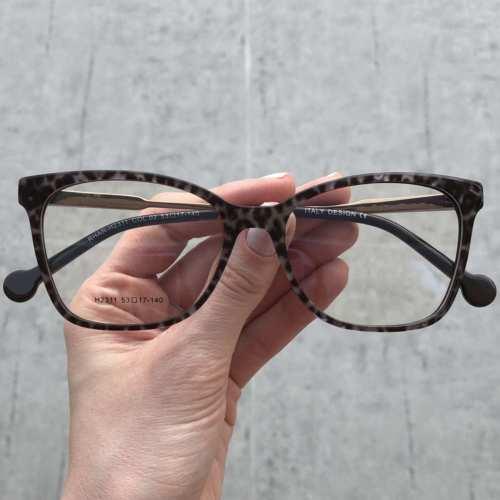 oticagriss oculos de grau quadrado preto rajado 170